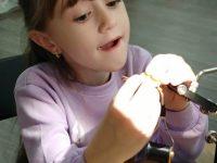 Очередное занятие по вязанию нахлыстовых мушек для детей состоится 20 января в 12-00